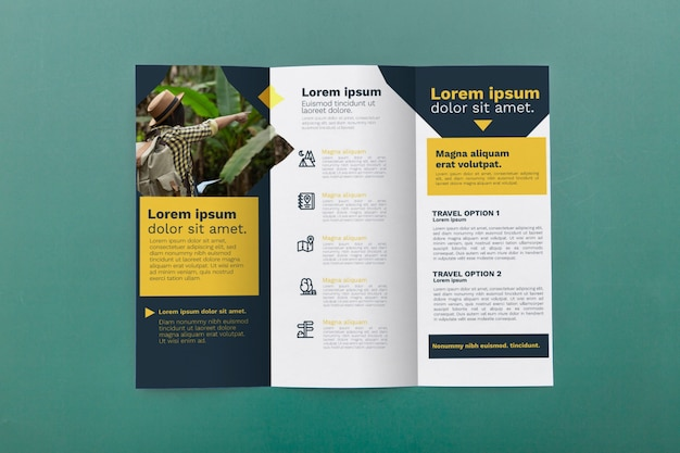 Trifold brochure concept mock-up Free Psd