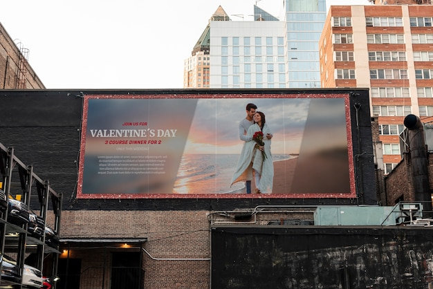 Valentine's day billboard with mock-up Free Psd