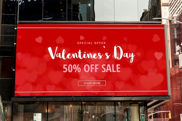 Valentine's day offer with mock-up Free Psd