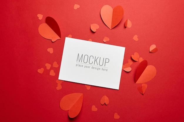 빨간 종이 마음으로 발렌타인 데이 카드 모형 프리미엄 PSD 파일