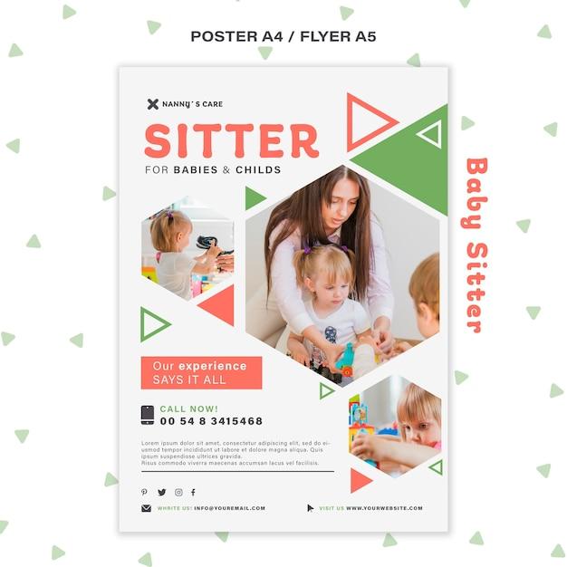 子供と女性のベビーシッターのための垂直ポスター 無料 Psd