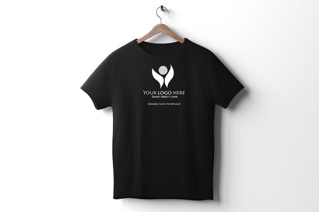 View of a black t-shirt mockup Premium Psd