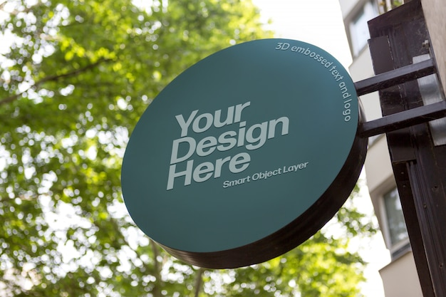 View of a building sign on street mockup Premium Psd