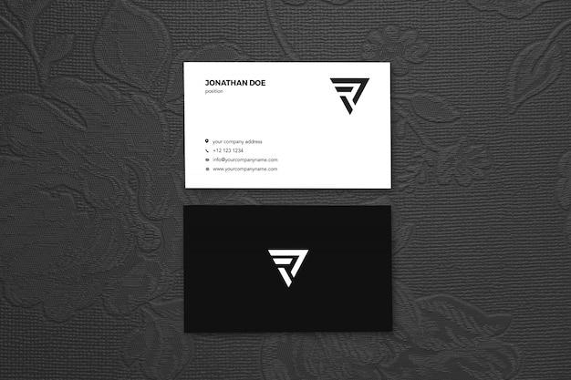 Винтажная роза вертикальная визитка макет Premium Psd