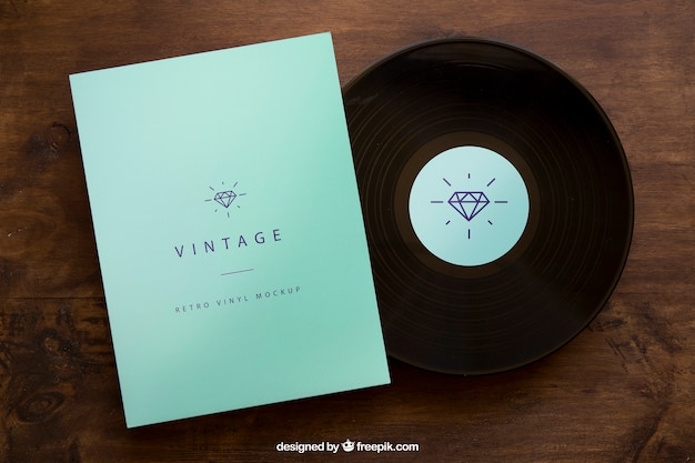 Vinyl and cover mockup Free Psd