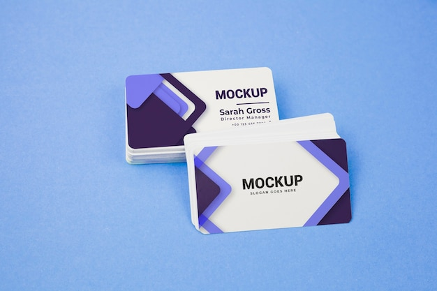 Violet and white pile of business cards mock-up Premium Psd