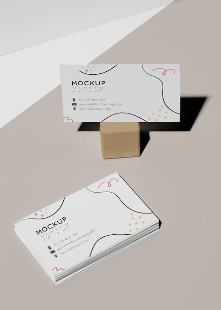 점자가있는 방문 카드 모형 프리미엄 PSD 파일