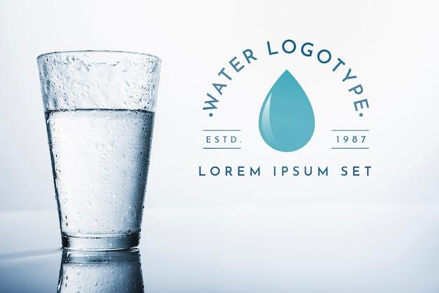 Water logo mockup on copyspace Free Psd