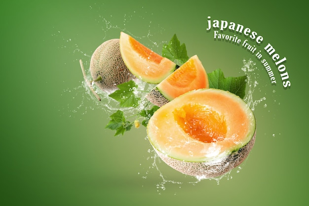 Water splashing on sliced of japanese melons on green background Premium Psd