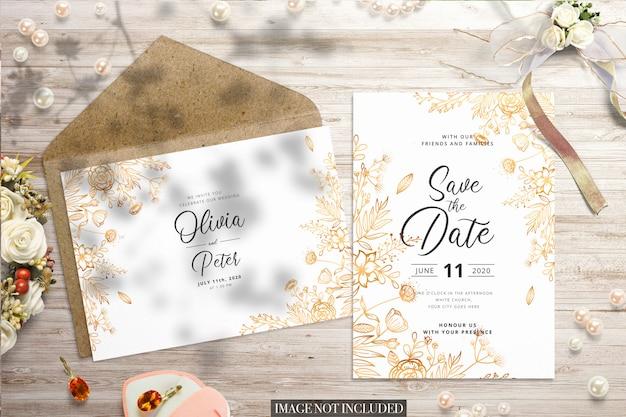 結婚式のフラットレイアウトと封筒とカードのモックアップ Premium Psd