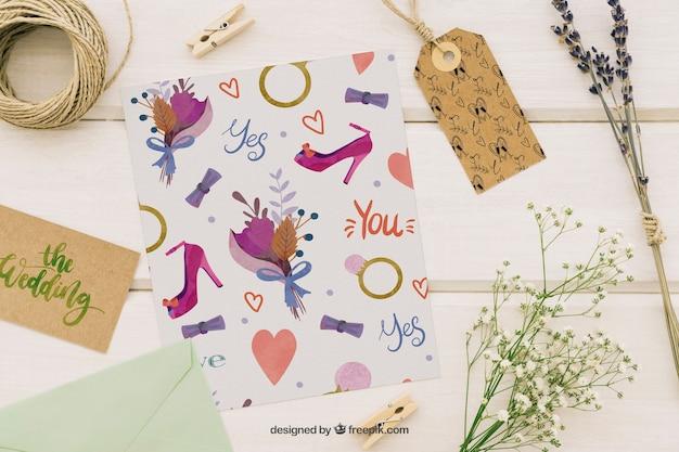Свадебный макет с орнаментом, этикеткой, шаблоном и цветами Бесплатные Psd