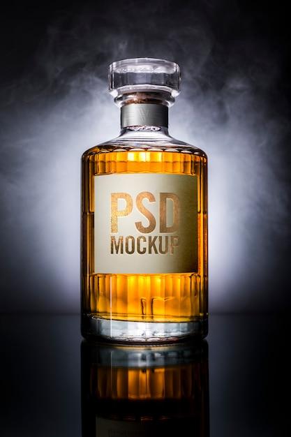 Виски бутылка макет этикетки Premium Psd