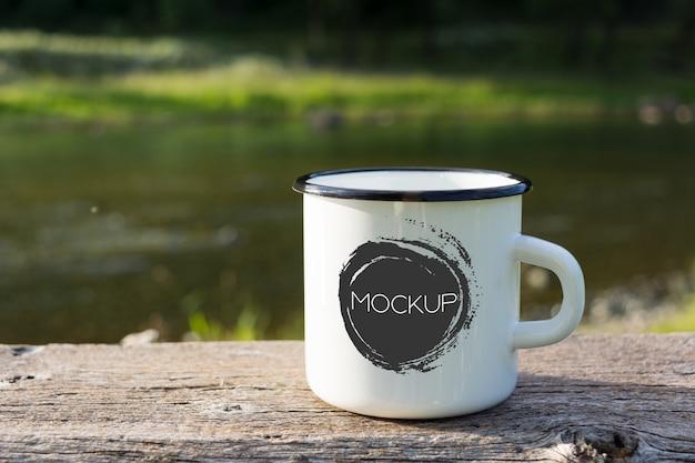 White campfire enamel mug mockup Premium Psd
