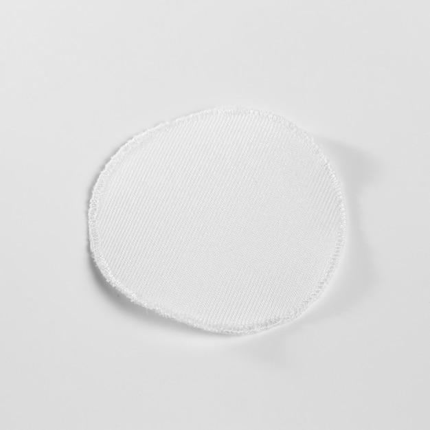 Mock-up di patch per abbigliamento in tessuto bianco Psd Gratuite
