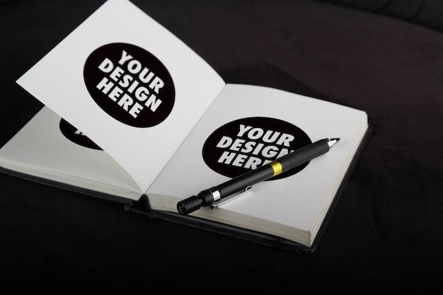 White sketchbook mockup Premium Psd