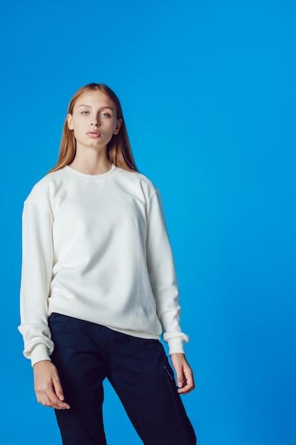 흰색 티셔츠 목업 프리미엄 PSD 파일