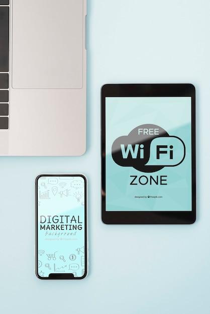 Wi-fi接続を備えた最新のデバイス 無料 Psd