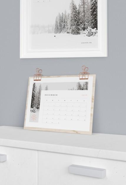 Деревянная подставка для календаря Бесплатные Psd
