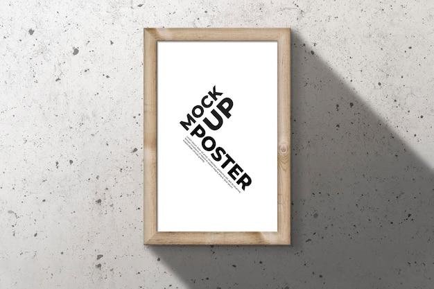 Cornice in legno per mockup di poster Psd Gratuite