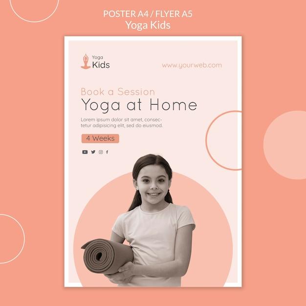 Шаблон флаера концепции йоги Бесплатные Psd