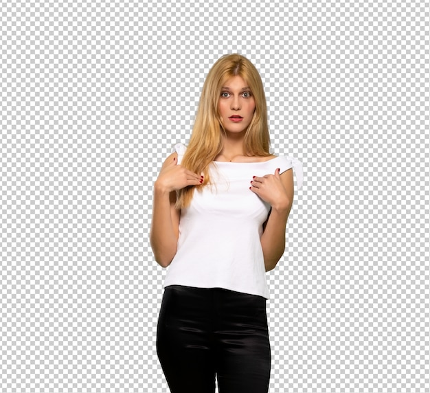 Young blonde woman with surprise facial expression Premium Psd