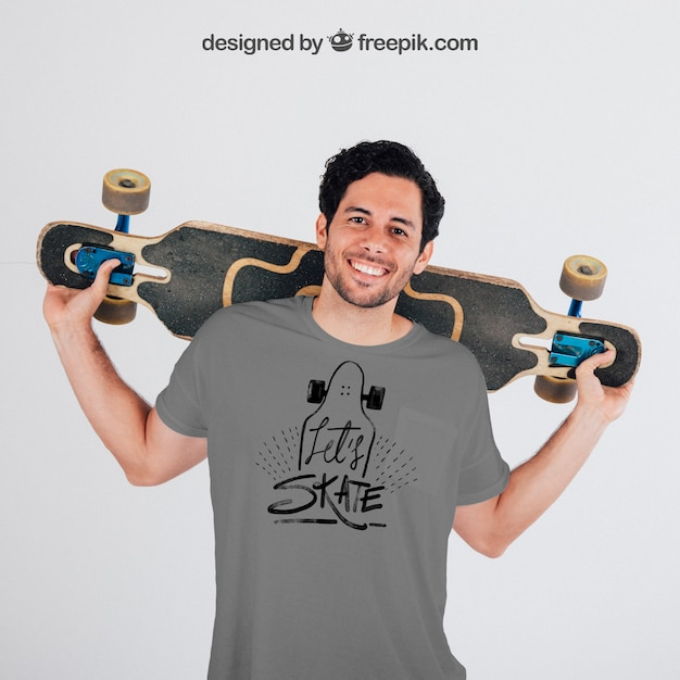 Young skater with grey t-shirt's mock up Free Psd