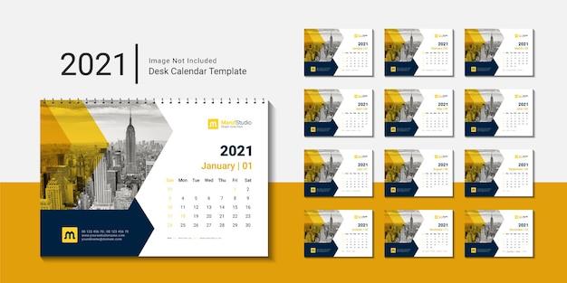 2021 desk calendar template with creative design Premium Vector