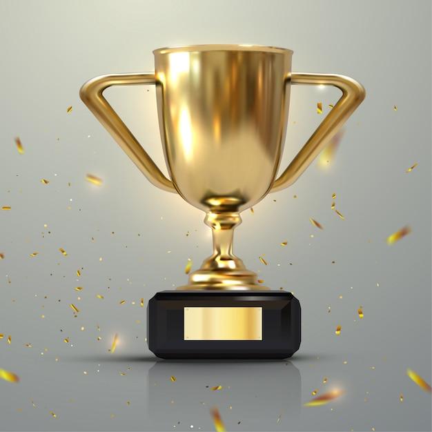 Реалистическая золотая чашка 3d изолированная на белой предпосылке. чемпионат трофея в окружении падающих конфетти. награда спортивного турнира Premium векторы