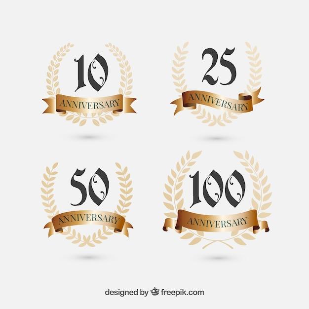 4 юбилейные знаки Бесплатные векторы