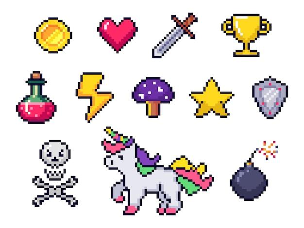 ピクセルゲームアイテム。レトロな8ビットゲームアート、ピクセル化されたハートと星のアイコン。ゲームピクセルのアイコンを設定 Premiumベクター