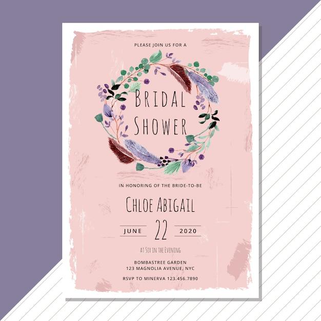 Свадебное приглашение с акварельным венком из листвы и перьев Premium векторы
