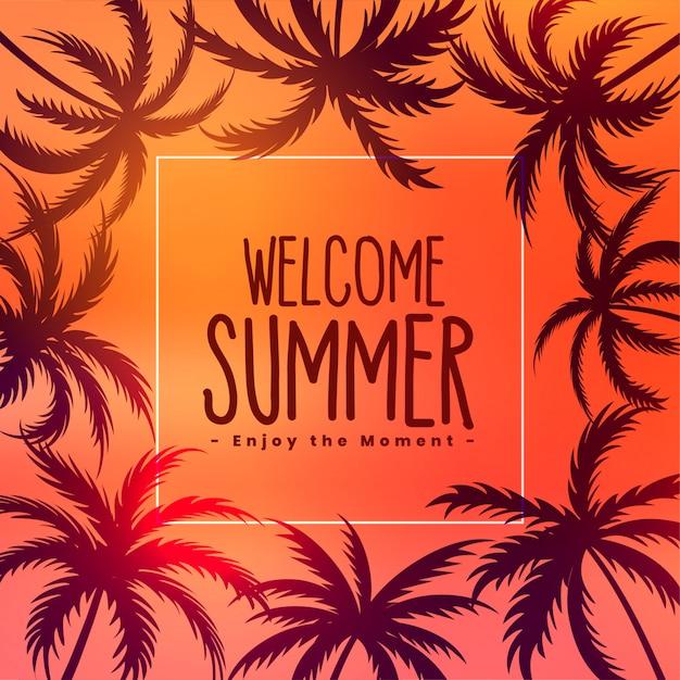 Летний тропический закат фон с пальмами Бесплатные векторы