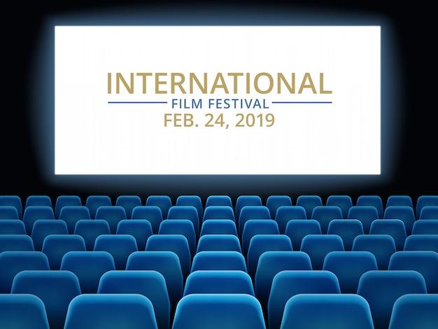 Фестиваль фильмов. кинотеатр зал с белым экраном. кино международный фестиваль Premium векторы