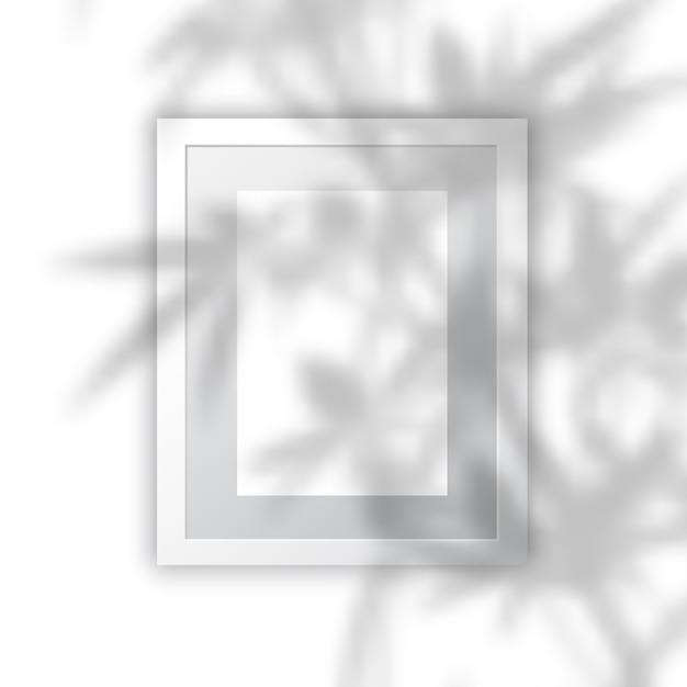 植物の影のオーバーレイを持つ空白の図枠 無料ベクター