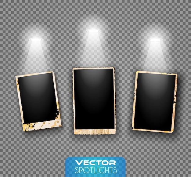 床または棚を指す異なる光源のベクトルスポットライトシーン。 Premiumベクター