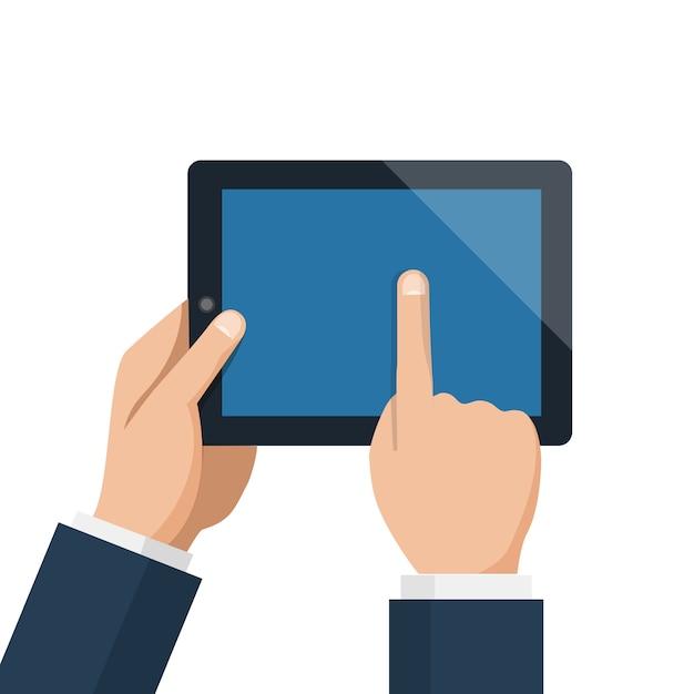 実業家ホールドタブレットと空の青い画面を指しています。 Premiumベクター