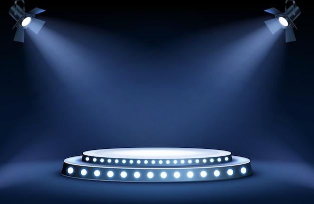 Круглая подиумная сцена в лучах прожекторов Бесплатные векторы