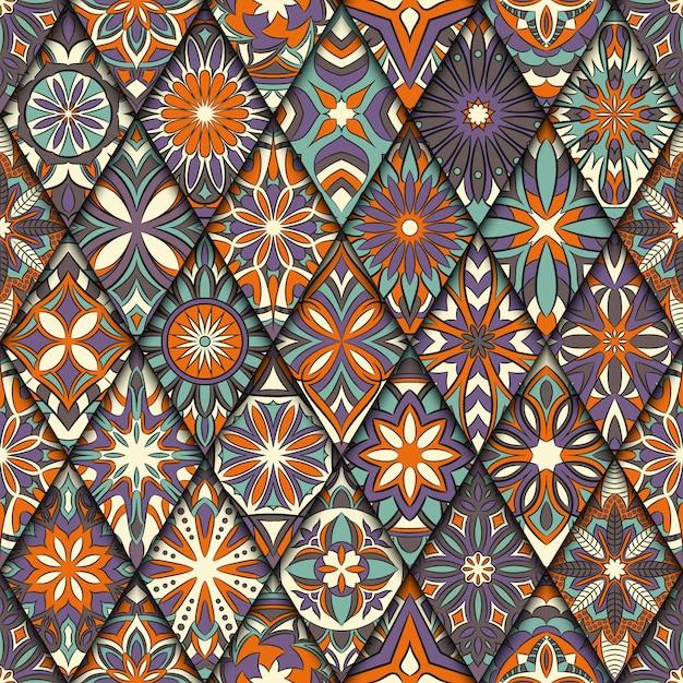 Этнические цветочные бесшовные модели с элементами старинных мандалы. Premium векторы