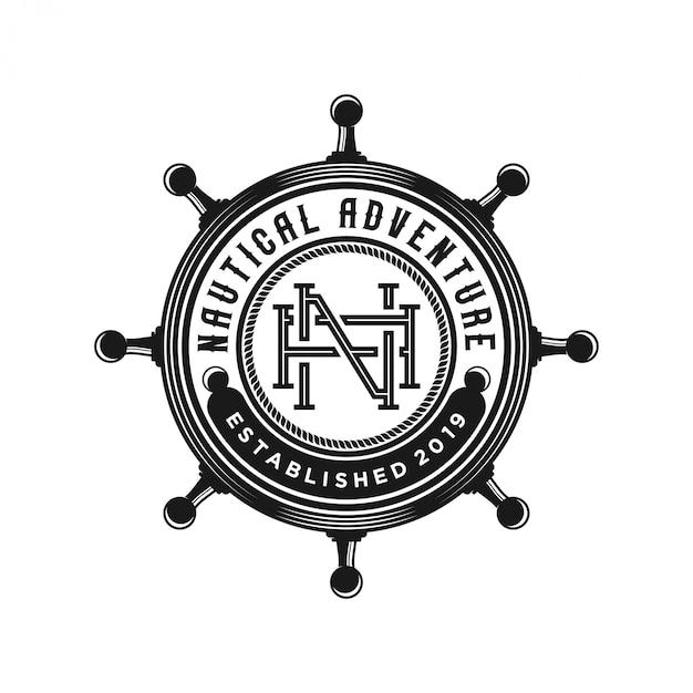 Старинный логотип корабля на рулевом колесе Premium векторы