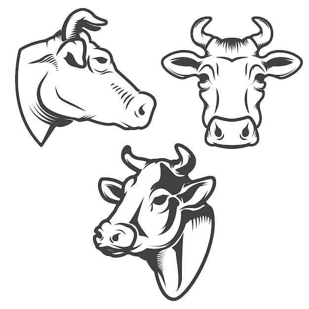 白い背景の上の雄牛の頭のエンブレム。ロゴ、ラベル、記号、ブランドマークの要素。 Premiumベクター