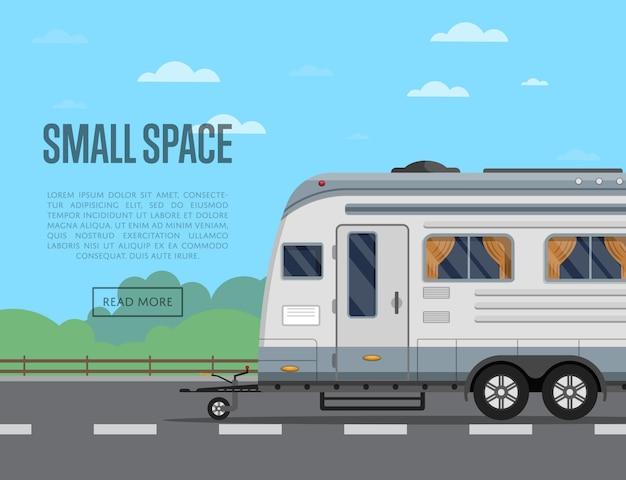 キャンプトレーラーと小さな旅行スペースチラシ Premiumベクター