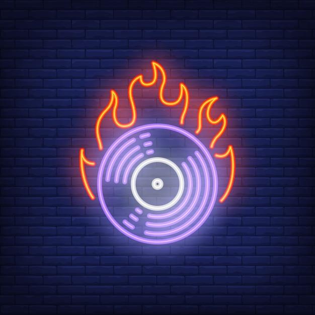 燃えるビニールレコードのネオンサイン 無料ベクター