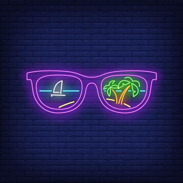 Солнцезащитные очки с пальмами и отражением корабля неоновая вывеска Бесплатные векторы