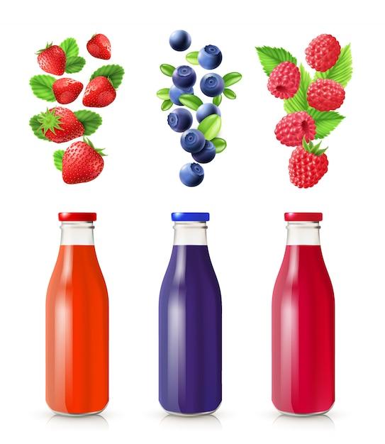 Ягодный сок реалистичный набор с бутылками и ягодами изолированных векторная иллюстрация Бесплатные векторы