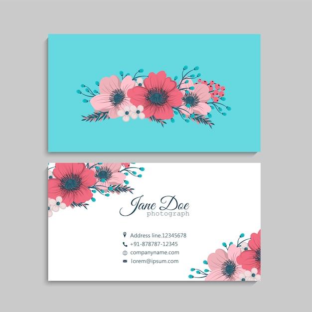 Цветочный дизайн визитки Бесплатные векторы
