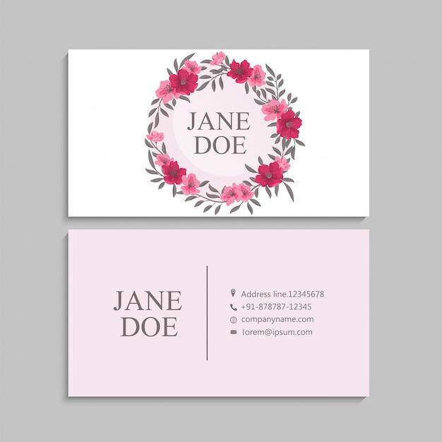 Цветочные визитки ярко-розовые Бесплатные векторы