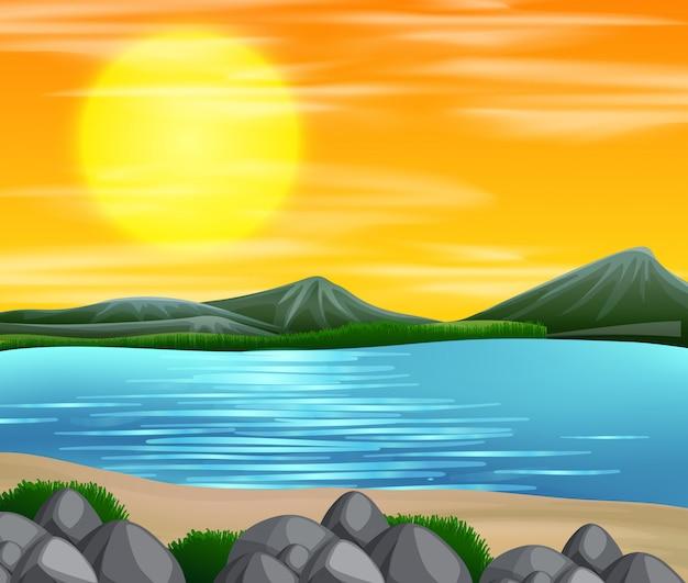 美しいビーチの夕日の景色 無料ベクター