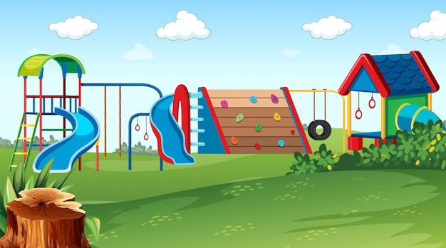 設備のある遊び場公園のシーン 無料ベクター