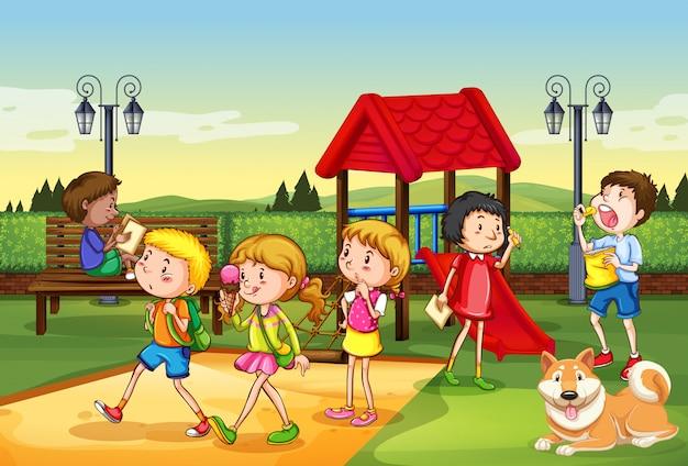 Сцена с множеством детей, играющих на детской площадке Premium векторы