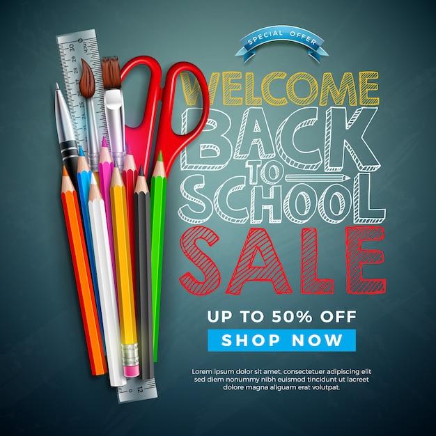 カラフルな鉛筆、ブラシ、黒板背景にチョークで書かれたテキストの学校販売デザインに戻る Premiumベクター